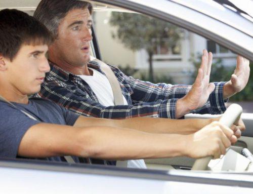 Młody kierowca – Jak płacić niskie OC?